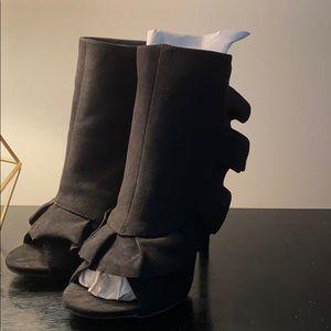 Brand New Just Fab black peep toe heels size 7